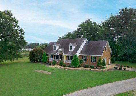 140 Mill Point Rd, Gwynn, VA 23066